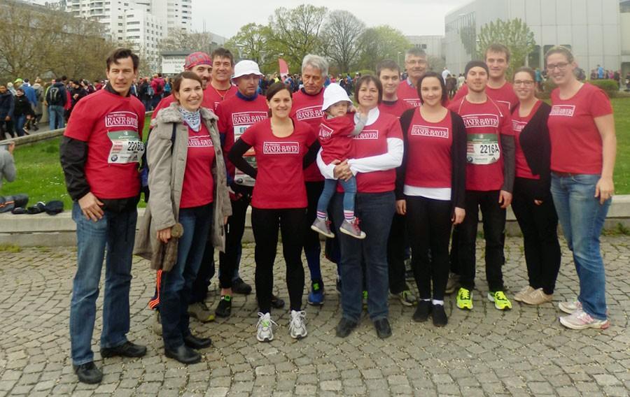 Das rasende Heurigenteam beim Wien Marathon